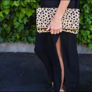 Handbags - 💥BACK IN STOCK💥 our Fall Trend piece Lily Clutch